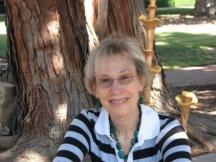 Phyllis-Filoli-med