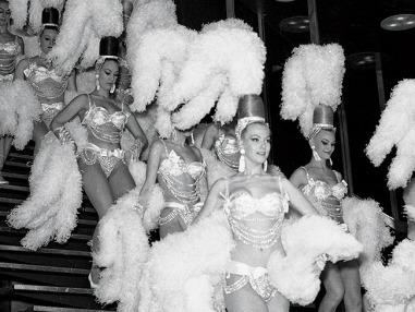 10513_content_Showgirl-Vegas-3