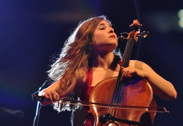 cellist-alisa-weilerstein-in-concert_33