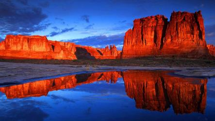red-cliffs-lodge-view-moab-utah.rend.tccom.966.544