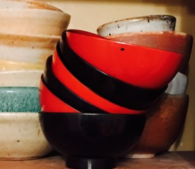 bowls-red-and-black