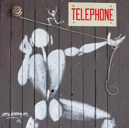 telephone-2012.jpg!Large