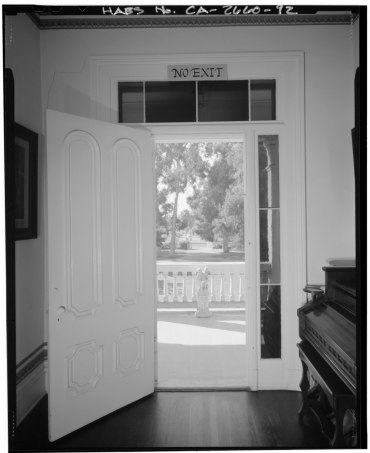INTERIOR_VIEW,_SECOND_FLOOR_HALL_FRONT_PORCH_DOOR,_FACING_SOUTH_-_General_Phineas_Banning_Residence,_401_East_M_Street,_Wilmington,_Los_Angeles_County,_CA_HABS_CAL,19-WILM,2-92.tif