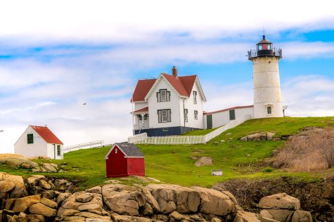 Cape_Neddick_Light_-_Nubble_Light
