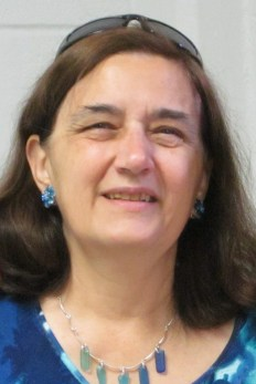 joan-leotta-seaglass-necklace