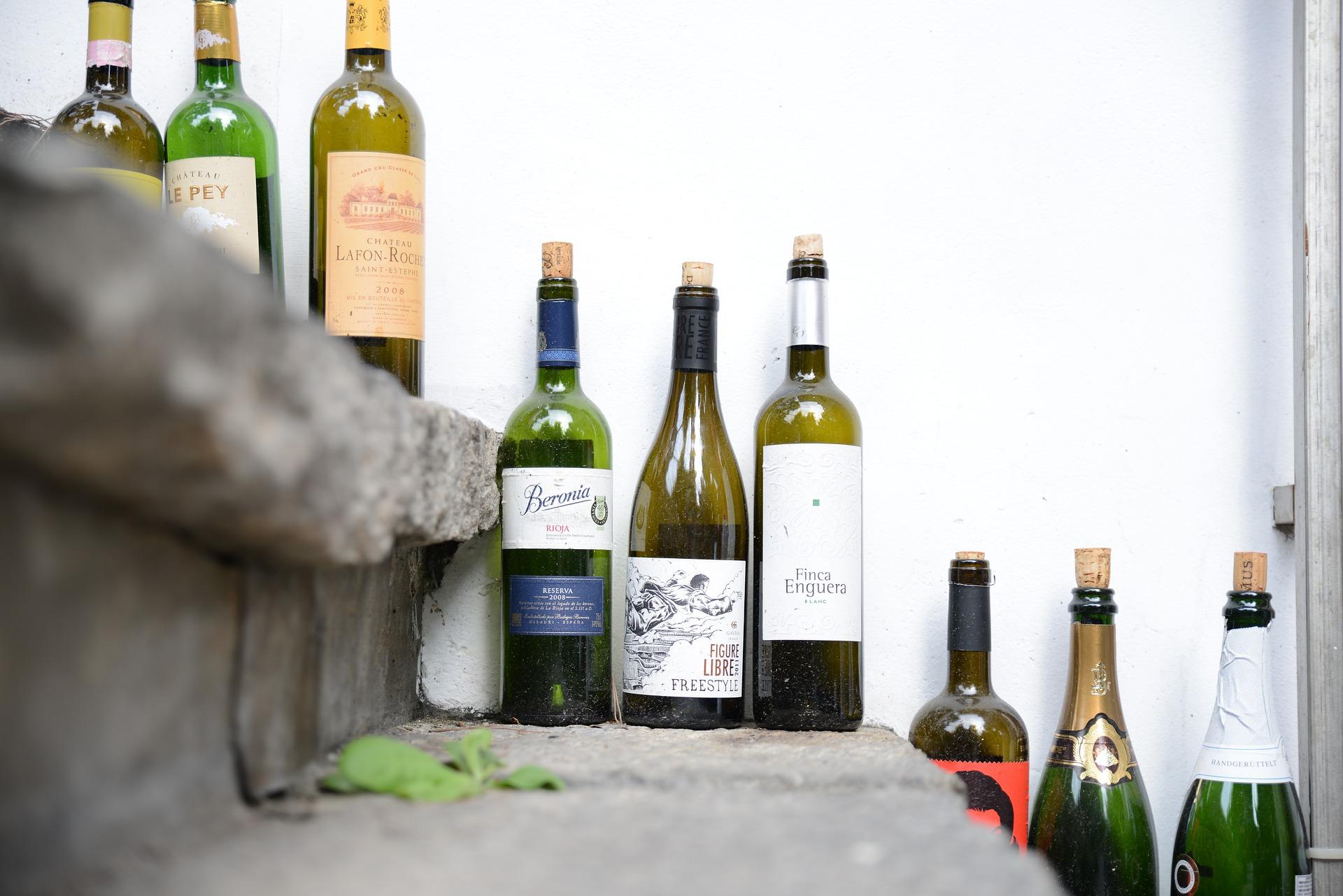 empty-bottle-4345329_1920